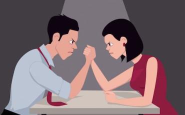 Divorzio-quando-cambia-assegno-di-mantenimento-del-ex--370x230